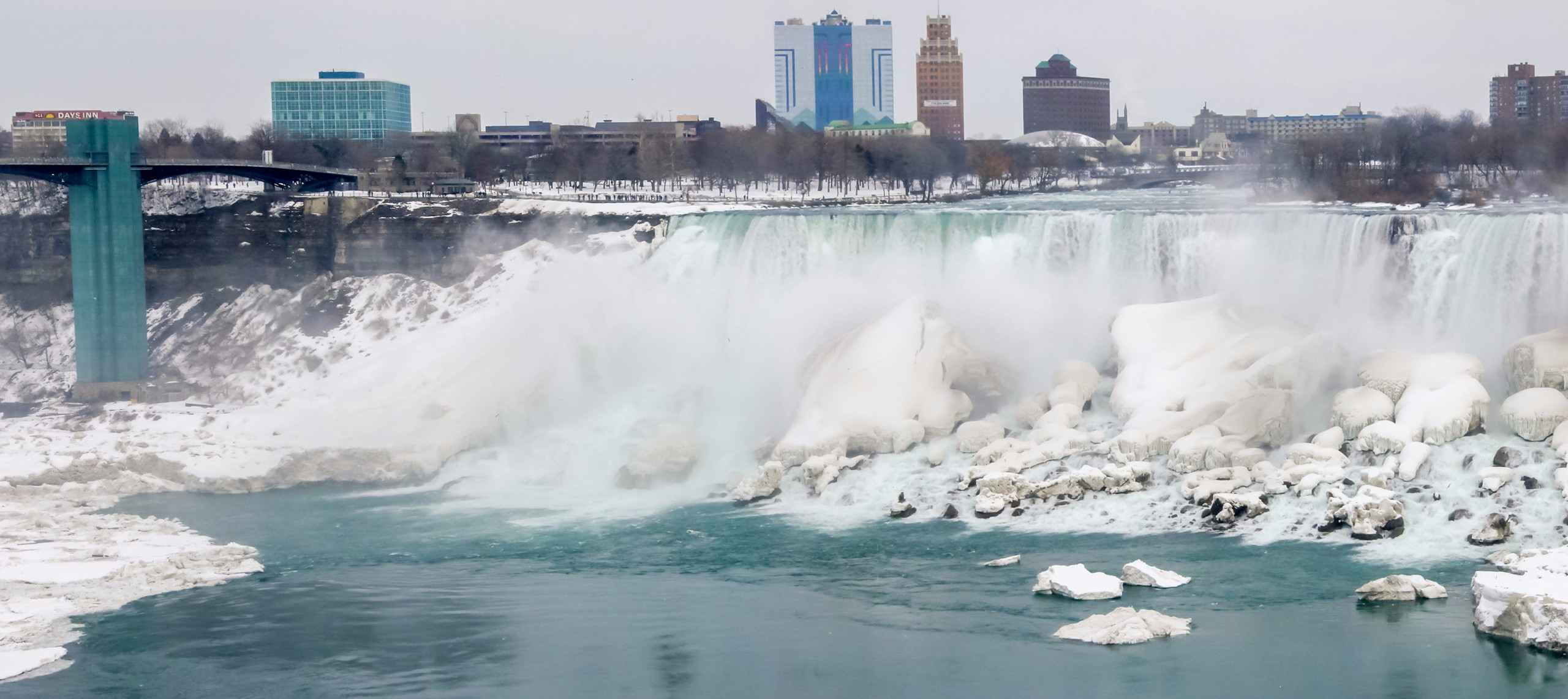 Frozen waterfall, Horseshoe Falls, Niagara River, Niagara Falls,
